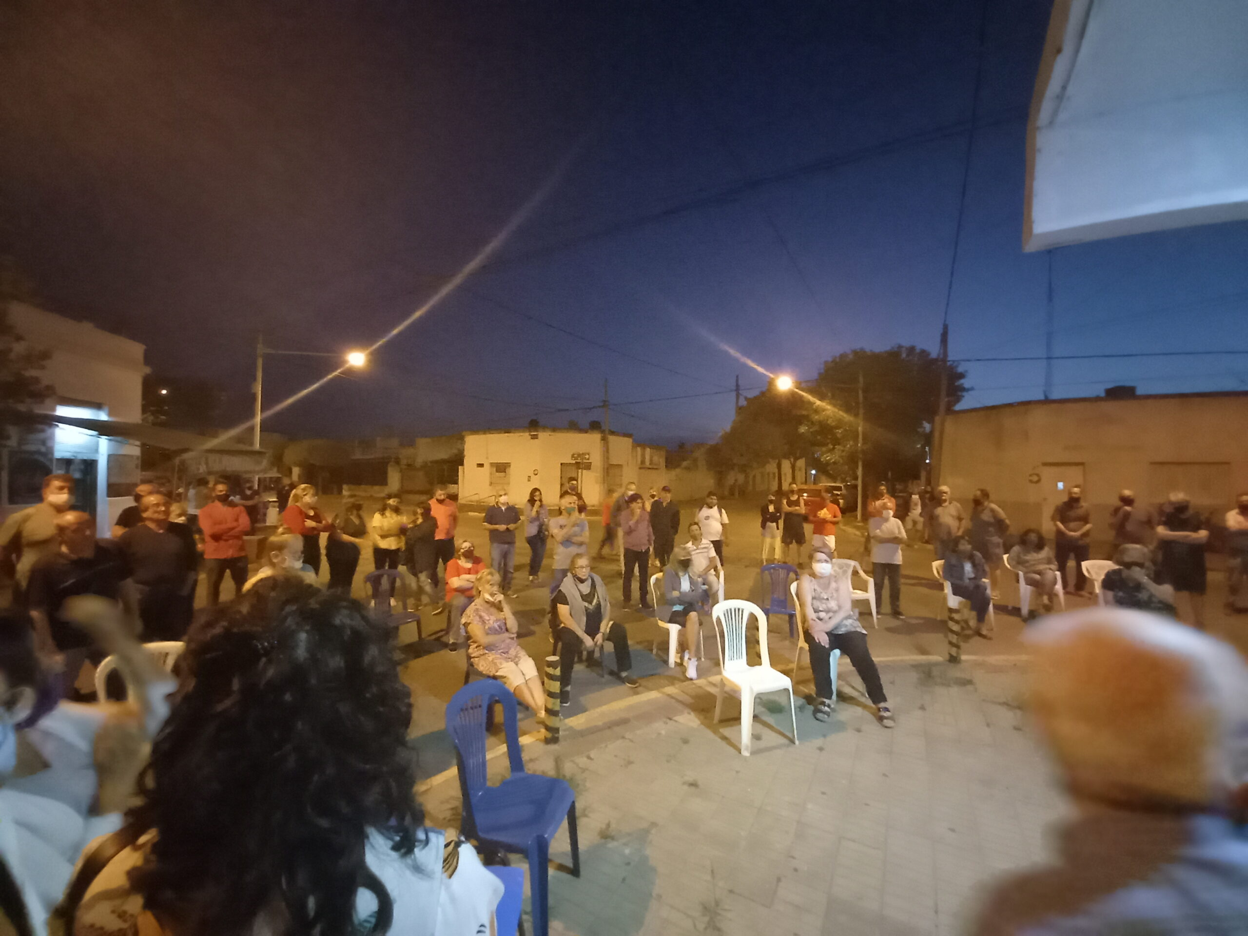 FALTA DE AGUA POTABLE EN PERGAMINO- ENTREVISTA  LA CONCEJALA SILVIA VIERA DEL FRENTE DE TODOS